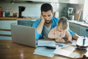 4 Effective Ways To Cope With Parenting Stress