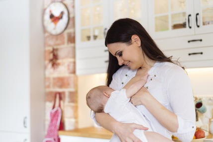 How to Breastfeed: A Step-By-Step Guide