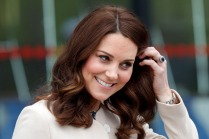 Duchess of Cambridge in Labour - Kate Middle Royal Baby