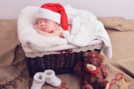20 Baby Names Inspired By Christmas
